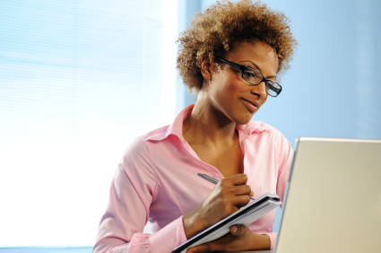 businesswoman_writing